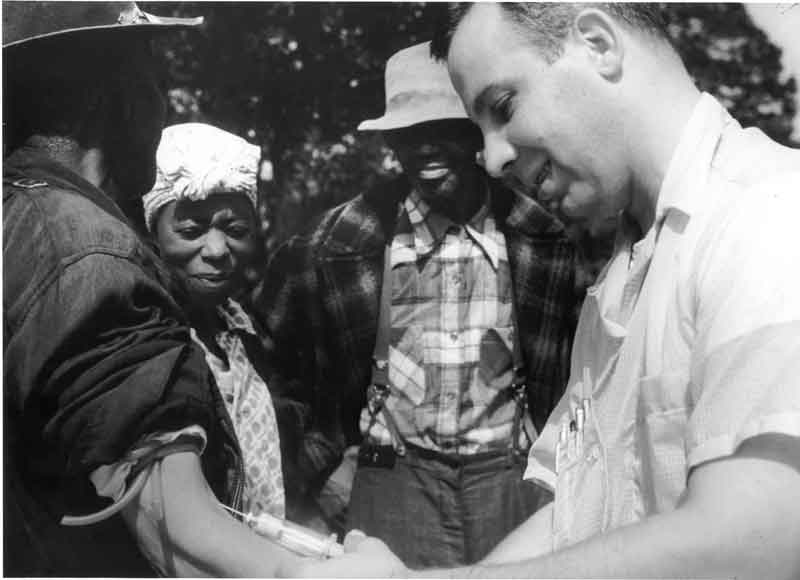 140320-tuskegee-syphilis-study_doctor-injecting-subject.jpg