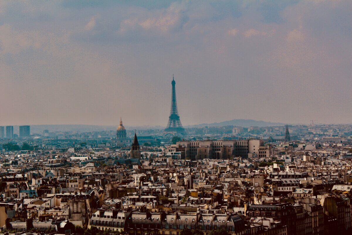Paris ist schön und das Internet auch