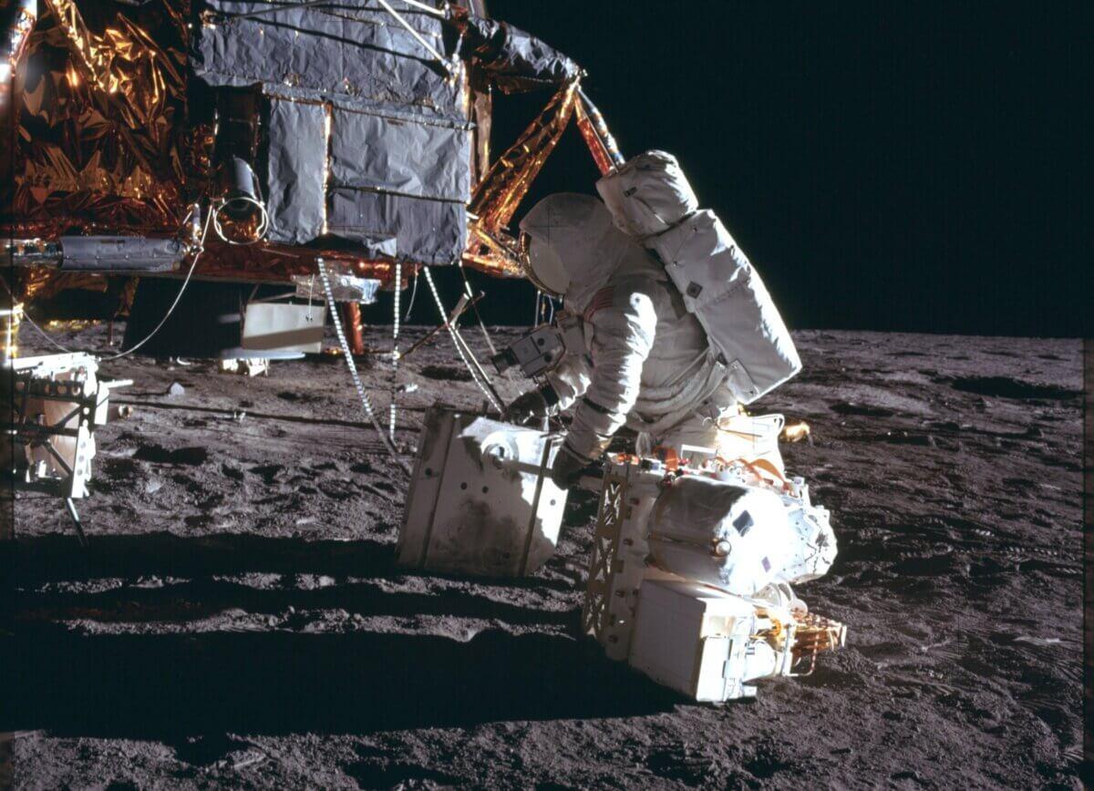 In Echtzeit auf den Mond