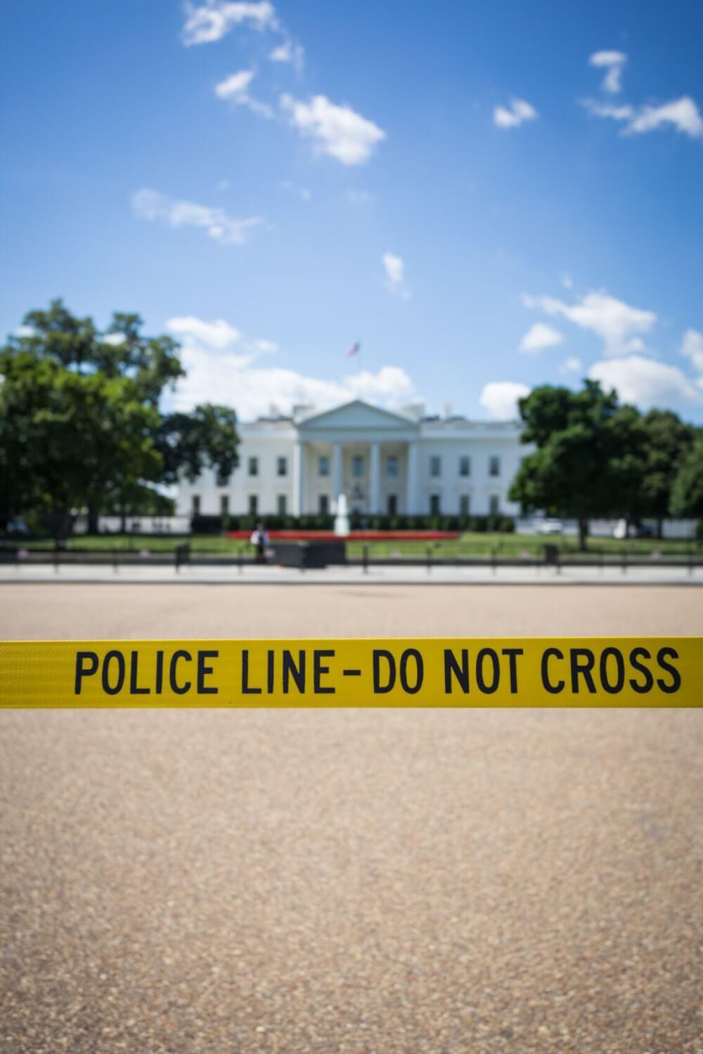 Mister Präsident, Sie sind verhaftet!
